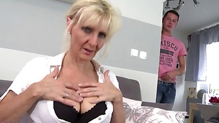 Exciting blonde mature mom porn videos