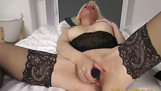 Cute blonde MILF shows off her cute pussy
