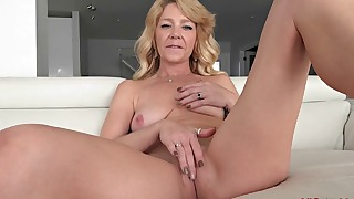 Sweet mature MILF solo action with dildo