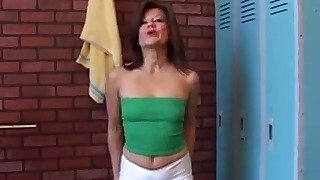 Hood Latina mature presents her cute ass